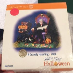 Department 56 Halloween Limited addition